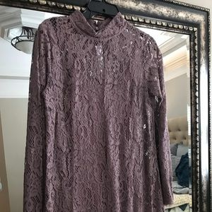 Beautiful Mauve lace A line dress w matching slip